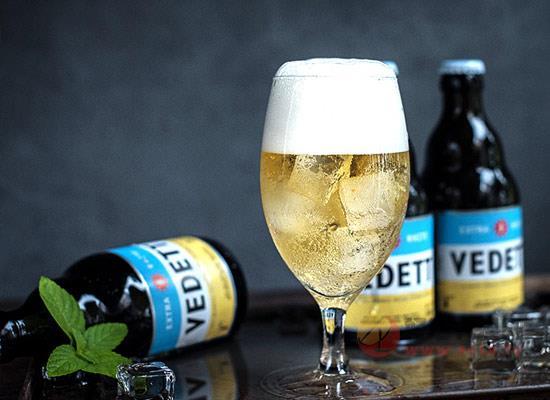 白熊精酿啤酒
