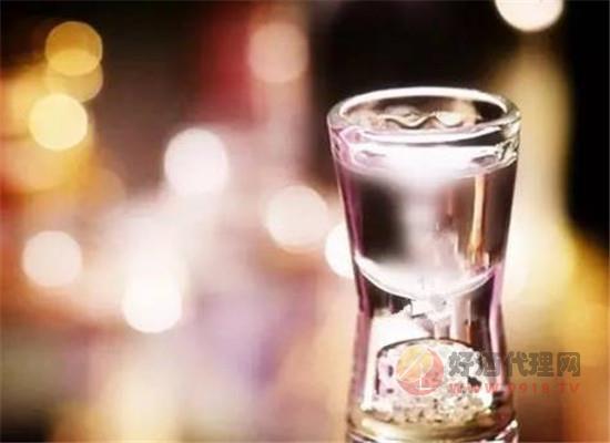 喝酒喝到什么程度才算过量