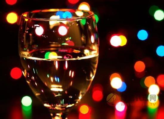 萊菲堡干紅葡萄酒