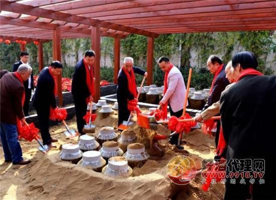 豫坡集團舉辦首屆中原種酒文化節