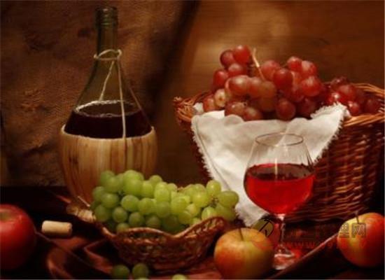 葡萄酒瓶為什么有顏色