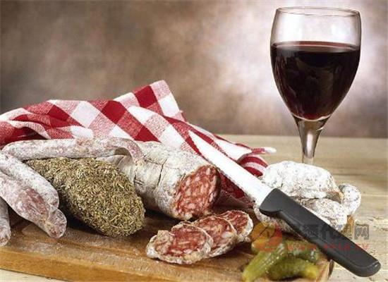 做好小葡萄酒里的大生意