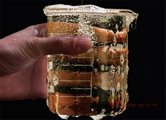 鄭酒師醬香型白酒53度可以入手嗎