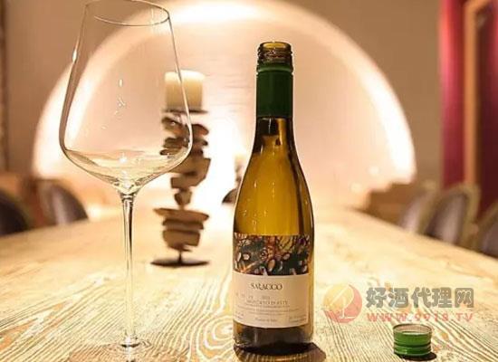 莫斯卡托甜白葡萄酒