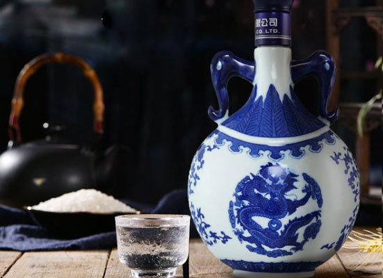 紅星二鍋頭青花瓷酒