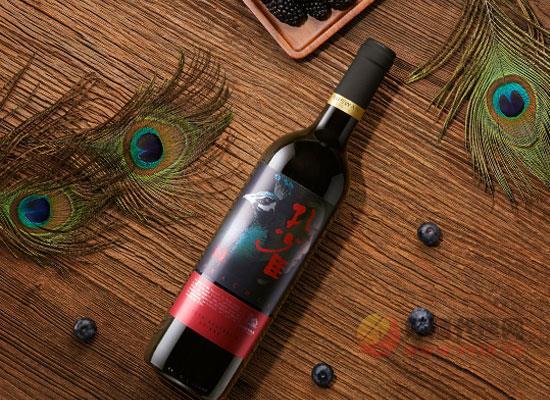 天鹅庄孔雀系列西拉干红葡萄酒