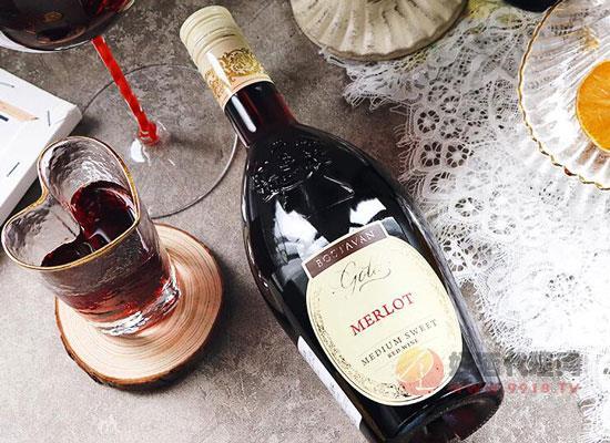 摩尔多瓦梅洛半甜红葡萄酒