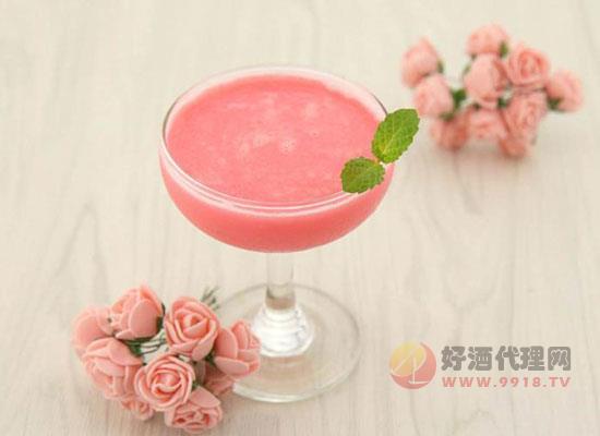 红粉佳人鸡尾酒
