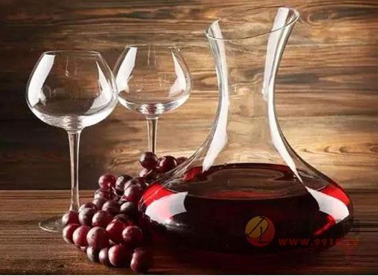 葡萄酒敬酒