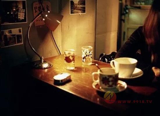 热威士忌托地