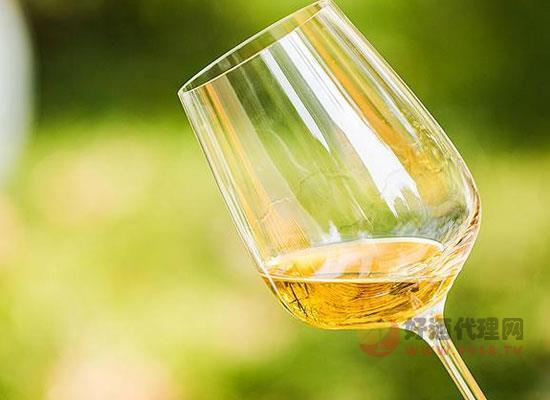 贵腐甜白葡萄酒