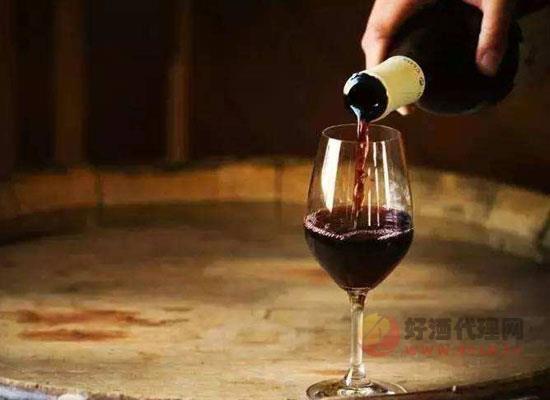 自酿的葡萄酒有毒吗?