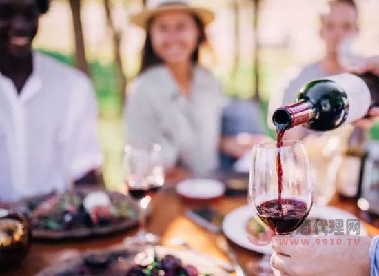 葡萄酒的保质期和较佳饮用期