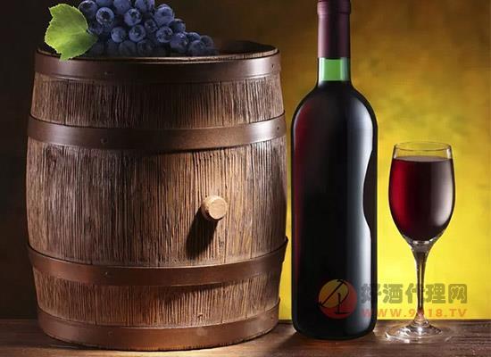 你知道葡萄酒的三种酒香吗?