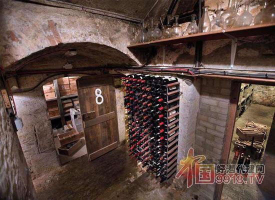 收藏葡萄酒