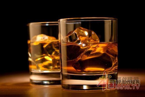 苹果蒸馏酒饮用体验