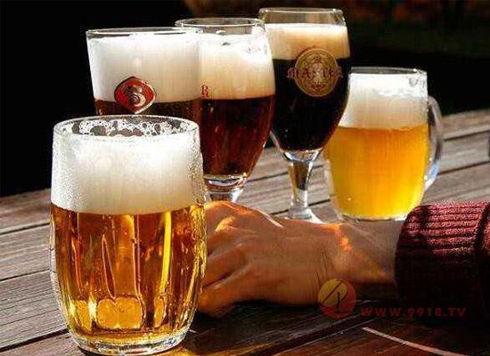每天喝瓶啤酒会怎样?这些啤酒的利弊你都了解多少