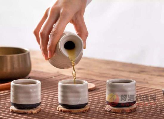 米酒是黄酒吗?黄酒和米酒的区别在哪里呢?