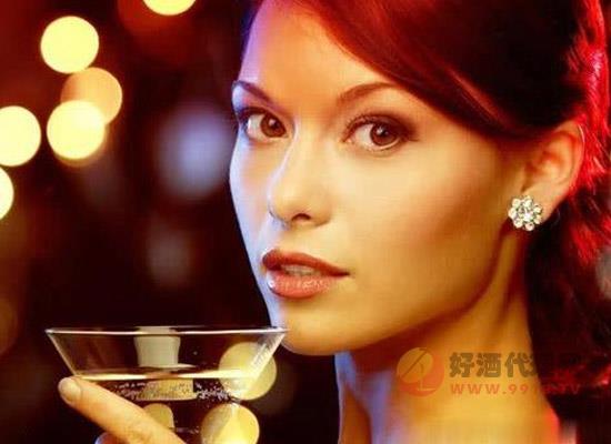 男人酒量大?为什么男性的酒量普遍会比女性高
