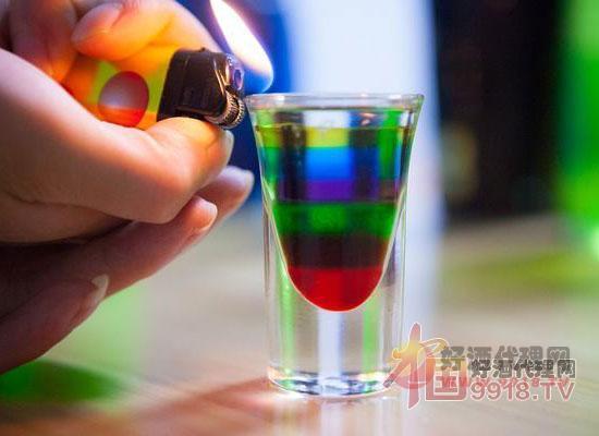 彩虹鸡尾酒
