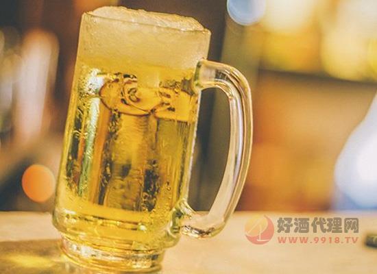 女人喝啤酒对身体好吗,喝啤酒竟然有这些好处