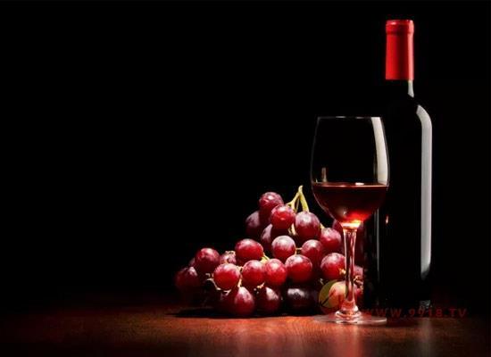 大貓瓊瑤漿半甜葡萄酒怎么樣,多少錢一瓶?