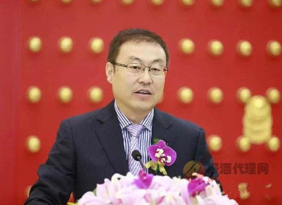 """西鳳董事長張正:要做""""五星級店小二"""",滿足市場需求"""
