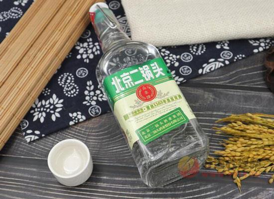 永丰牌北京二锅头出口型小方瓶贵吗?42度二锅头酒价格