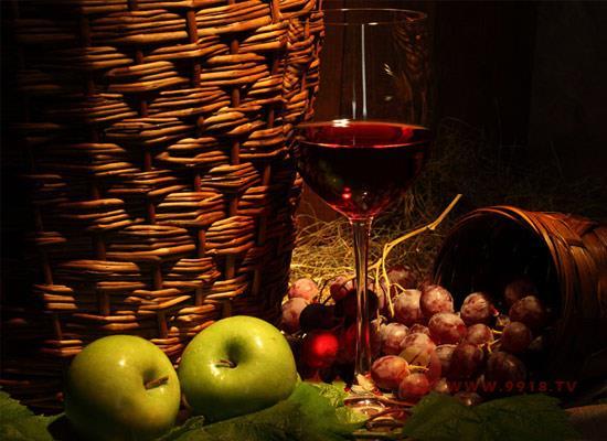 智利红酒怎么样?适量饮用智利红酒有什么好处?
