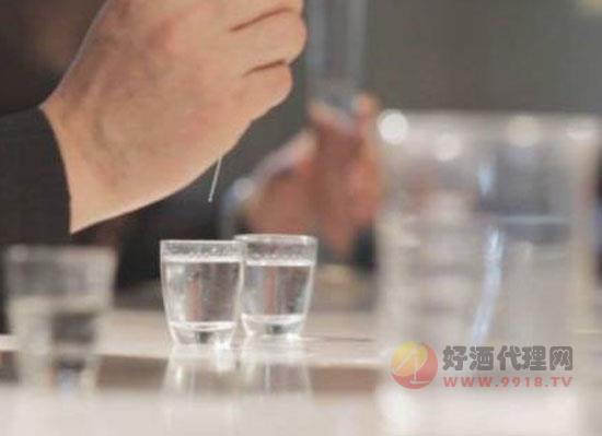 茅之和酱香白酒上头吗,有哪些有益物质