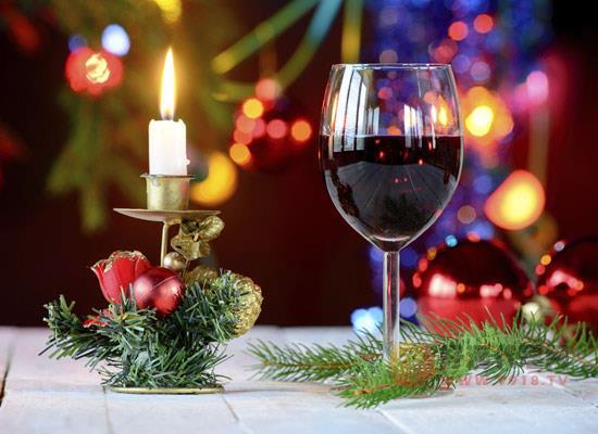 葡萄酒出現肉味正常嗎,為什么有的葡萄酒會有肉味