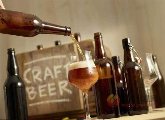 什么是纯生啤酒,纯生啤酒与普通啤酒有什么区别