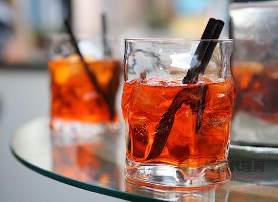茴香酒是什么酒,它的饮用方法有哪些