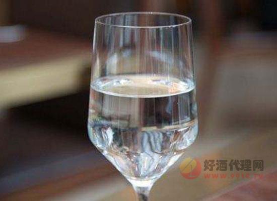 自酿白酒怎么去甲醇,自酿白酒甲醇处理方法