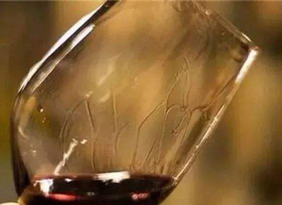 紅酒掛杯是好還是不好,掛杯明顯等于好酒嗎