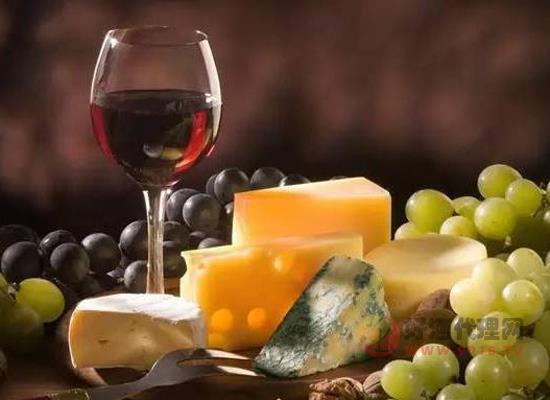 红酒和白醋可不可以一起喝 红酒跟白醋搭配怎么样