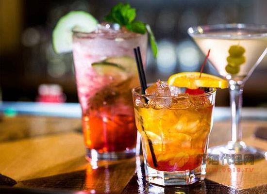 什么是無酒精雞尾酒,飲用無酒精雞尾酒開車算酒駕嗎
