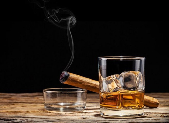 威士忌有沉淀物正常嗎 威士忌里的沉淀物是什么