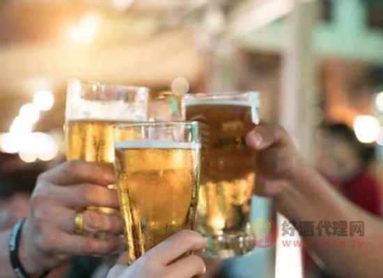 """喝啤酒招蚊子嗎,喝酒招蚊如何""""破解"""""""