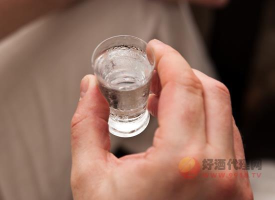 喝白酒什么時間段好 飲酒的五點講究