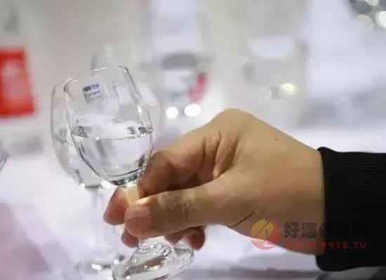 泥土埋藏酒好吗,是白酒的最佳贮存方法吗