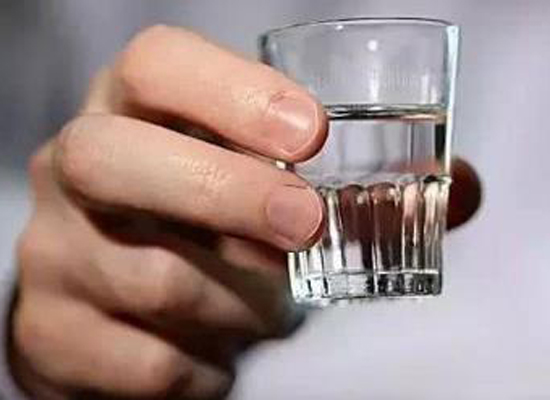吃饭喝酒后可以泡脚吗,喝酒后多久可以泡脚