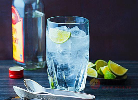 英国杜松子酒有什么特点,饮用方法有哪些