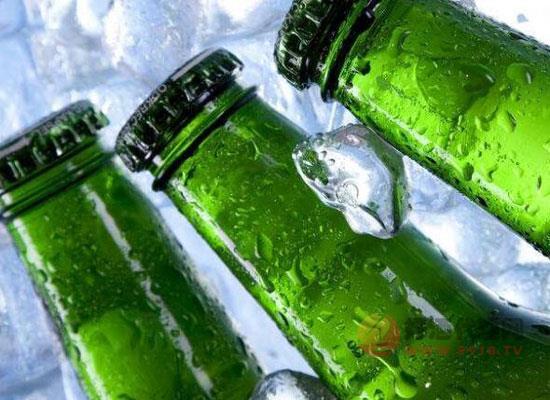 啤酒喝冰镇的好吗,凉啤酒和常温啤酒的区别
