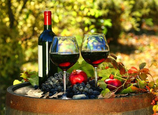 葡萄酒的酒精度一般是多少,多少度才能够达到微醺程度