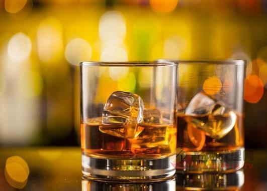 威士忌配什么吃好,威士忌適合搭配哪些食物來飲用