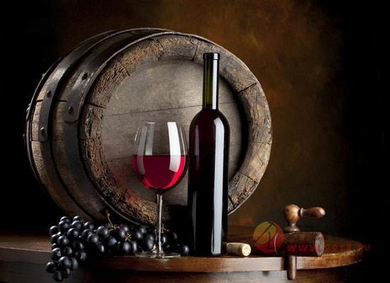 什么樣的紅酒值得收藏,能夠長期存放的特點有哪些