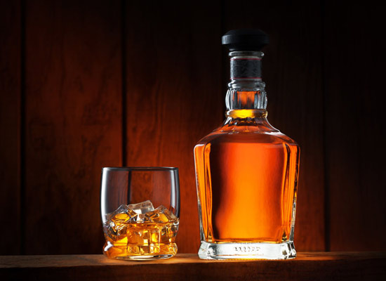 什么樣的烈酒適合陳年,烈酒適合在什么容器中陳年