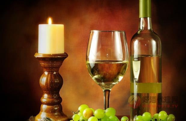 什么是天然甜型葡萄酒,天然甜酒是怎么做出來的
