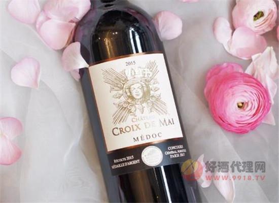 为何有些酒签上没有葡萄品种标识,这种酒是假酒吗